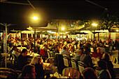 Nightlife am Hauptplatz, Corralejo, Fuerteventura, Kanarische Inseln Spanien, Europa