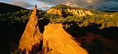 Colorado de Rustrel, former ochre quarry, ochre landscape, near Roussillon, near Apt, Luberon mountains, Montagne du Luberon, natural preserve, Vaucluse, Provence, France