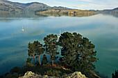 Idyllic coast area, Govenors Bay, Banks peninsula, South Island, New Zealand, Oceania