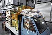 Minivan, Market, Napoli, Neapel, Marktszene