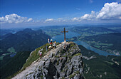 St. Wolfgang, Wanderer am Gipfel des Schafberges Oesterreich, Location: R