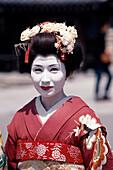 Geisha als Fotomodel, Kiyomizu-dera Tempel Kyoto, Japan
