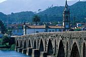 Roman bridge over Rio Lima, Ponte de Lima, Portugal