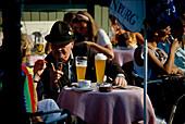 Biergarten, Viktualienmarkt, Muenchen, Bayern Deutschland