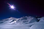 Winter Berglandschaft mit Skipiste, Muggengrat, Zürs, Vorarlberg, Österreich