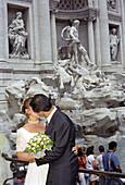 Wedding couple, Fontana di Trevi, Rome, Italy
