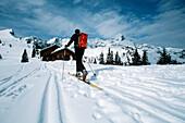 Skiing tour, before Stuiben hut, rear view, Alpspitze, Garmisch Partenkirchen, Germany