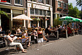 Guests, Cafe Finch, Jordaan, People sitting in open air cafe in front of Cafe Finch, Jordaan, Amsterdam, Holland, Netherlands