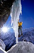 Albert Leichtfried climbing the Klausenalmfall, Ice climbing Zillertal, Tirol, Austria