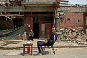 last residents of demolition quarter, Lao Xi Men, Shanghai