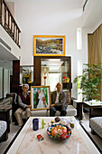 old couple in modern villa,old couple with wedding picture, living room, luxury apartment, western Shanghai, interieur, private house, interior, Innenarchitektur, Neubaussiedlung, new suburb