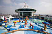 H2O Zone Pool & Fountains on Deck 11,Freedom of the Seas Cruise Ship, Royal Caribbean International Cruise Line