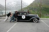 Silvretta Classic Rallye Montafon, 08.07.2004, Silvretta Alpine Road, Bieler Hoehe, Mercedes-Benz 220 Cabrio B, 2,2l Reihensechszylinder, 80 PS, Bj 1952