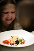 Girl is happy about her dessert, Hotel Lenkerhof, Simmenthal, Schweiz