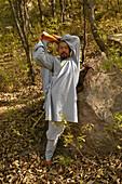 Kung Fu master, Shi Yanwen near Shaolin, Song Shan, Henan province, China, Asia