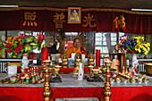 Abbot, Shi Neng Xiu of Santa Monastery, Wutai Shan, Buddhist holy Mountain, Shanxi province, China, Asia