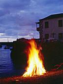 Midsummer fire, Fiesta de San Juan, Puerto de la Cruz, Tenerife, Canary Islands, Spanien