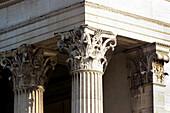 Korinthische Säulen am Königsplatz, München, Muenchen, Deutschland, Bayern, Reise