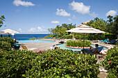Pool im Habitat Curacao Resort, nahe St. Willibrordus, Curacao, ABC-Inseln, Niederländische Antillen, Karibik