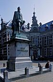 Utrecht, university and monument Graf Jan van Nassau, Netherlands, Europe