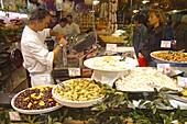 Switzerland, Tecino, Lugano, old city center, Via Pessina, delicatessen
