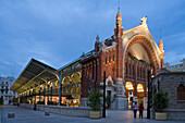 Mercado de Colon, opened in 1916, 2003 refurbished with cafes, bars, and boutiques, Valencia, Spain