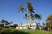 Beach home on Gulf Shore boulevard in Old Naples, Florida, USA