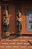Baroque figures, Hotel Kaiserworth, market square, Goslar, Harz Mountains, Lower Saxony, northern Germany, UNESCO, World Heritage Site, list