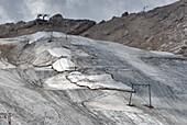 Abdeckplanen über Gletscher, Schneefernergletscher, Zugspitzplatt, Zugspitze, Oberbayern, Bayern, Deutschland