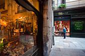 Antiguitats, antiques, Barri Gotic, Ciutat Vella, Barcelona, Spain