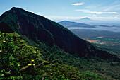 Vulcano Mombacho, Isla Zapatera, Vulcano Concepcion, Lake Nicaragua, Nicaragua, Central America