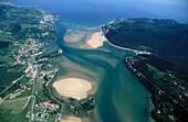 Gernika estuary mouth. Urdaibai Biosphere Reserve. Mundaka. Vizcaya. Euskadi. Spain.