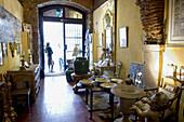 Clepsidra antiquity shop, rua Augusto Rosa