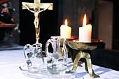 Burn, Burning, Candle, Candles, Christian, Christianity, Close up, Close-up, Closeup, Color, Colour, Communion, Concept, Concepts, Cross, Crosses, Crucifix, Crucifixes, Devotion, Enlightening, Enlightenment, Eucharist, Faith, Fire, Flame, Flames, Holy, H