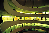 Gallery view, Guggenheim museum, by Frank Lloyd Wright, built in 1959. New York City. USA