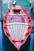 Boat, Boats, Calm, Calmness, Close up, Close-up, Closeup, Color, Colour, Contemporary, Detail, Details, Dock, Docks, Exterior, Moored, Mooring, Moorings, Motorboat, Motorboats, Nobody, Outdoor, Outdoors, Outside, Peaceful, Peacefulness, Quiet, Quietness,