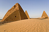 Archaeological site of Jebel Barkal ( pure mountain ) comprises 13 temples, 3 palaces and several pyramids at foot of a sacred 91m high rock, parts of the ancient powerful city of Napata, Bayyudah Desert. Upper Nubia, ash-Shamaliyah state, Sudan