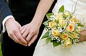 Adult, Adults, Bond, Bonding, Bonds, Bouquet, Bouquets, Bridal bouquet, Bridal bouquets, Bridal couple, Bride, Bridegroom, Bridegrooms, Brides, Ceremonies, Ceremony, Close up, Close-up, Closeup, Color, Colour, Contemporary, Couple, Couples, Daytime, Deta