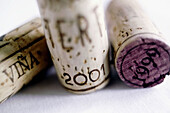 2001, Close up, Close-up, Closeup, Color, Colour, Concept, Concepts, Cork, Corks, Detail, Details, Enology, Indoor, Indoors, Inside, Interior, Object, Objects, Oenology, Selective focus, Still life, Stopper, Stoppers, Thing, Things, Three, Three items, W