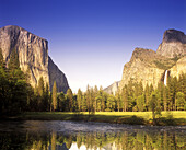 Scenic merced river, Yosemite valley, Yosemite National Park, California, USA.