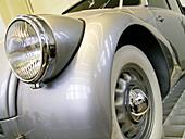 Auto, Automobile, Automobile industry, Automobiles, Automotive industry, Autos, Bodywork, Bodyworks, Car, Cars, Classic, Classic car, Classic cars, Color, Colour, Daytime, Detail, Details, Headlight, Headlights, Horizontal, Indoor, Indoors, Inside, Inter