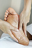 Activity, Adult, Adults, Alternative medicine, Alternative treatments, Barefeet, Barefoot, Beauty, Beauty care, Body care, Chill out, Chilling out, Close up, Close-up, Closeup, Color, Colour, Contemporary, Detail, Details, Feet, Female, Foot, Hand, Hands