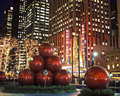 Christmas, Avenue of the americas, Midtown, Manhattan, New York USA