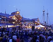 Summer concert, South Street seaport museum, Downtown, Manhattan, New York, USA