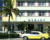 Car/automobile. street scene, Ocean drive, Miami beach, Florida, USA.