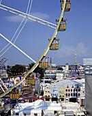 Germany: Düsseldorf-Oberkassel, North Rhine-Westphalia, fair, Ferris wheel