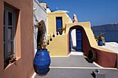 Architecture, Building, Buildings, Coastal Town, Coastal Towns, Color, Colored, Colorful, Colors, Colour, Coloured, Colourful, Colours, Contrast, Contrasts, Cyclades, Daytime, Europe, Exterior, Facade, Façade, Facades, Façades, Greece, House, Houses, Isl