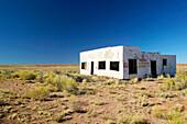 Ruins of Painted Desert trading post, old Toute 66. Pinta. Arizona, USA