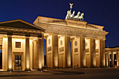 Berlin, Brandenburg Gate, quadriga ,brandenburger tor at dusk