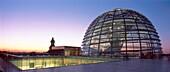 Berlin, Reichstag, Kuppel, Daemmerung , Panorama